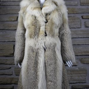 Manteau de fourrure en loup naturelle pleine peau