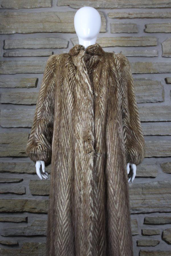 Manteau de fourrure en rat musqué allongé deux couleurs
